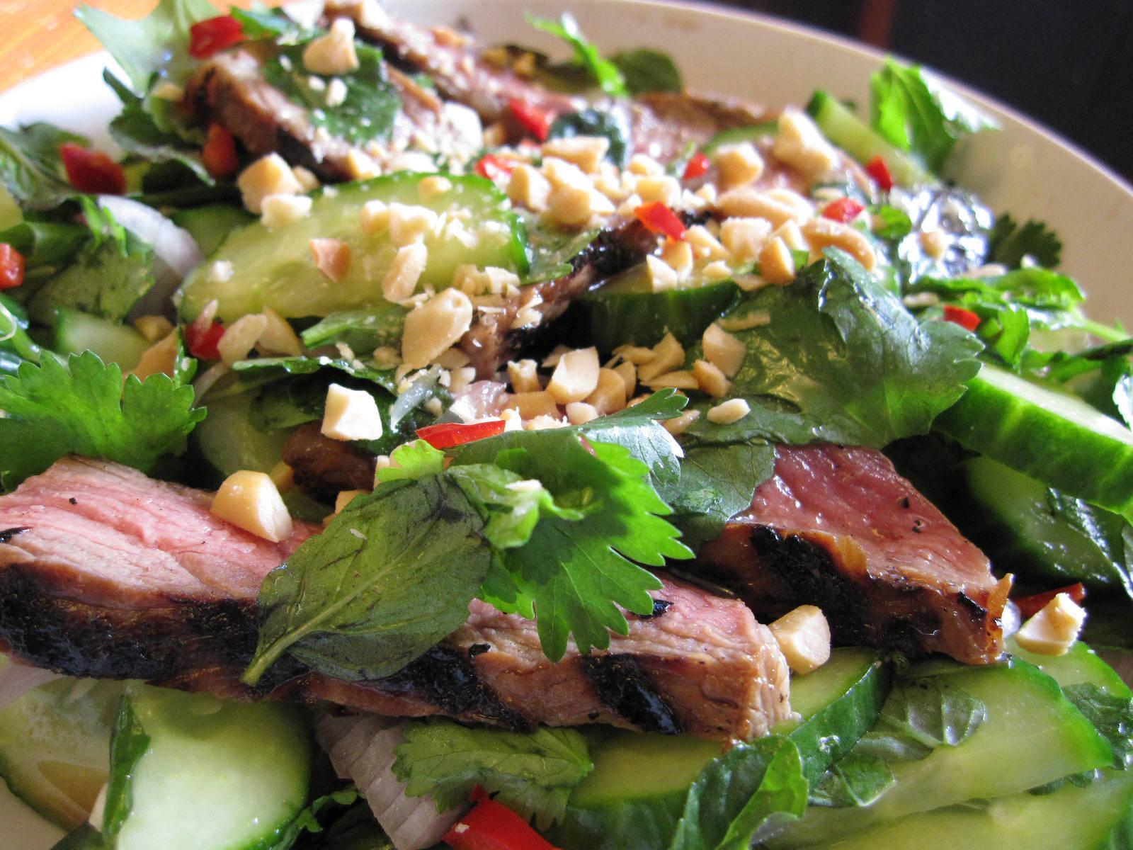 Салат из мяса индейки рецепт пошагово в